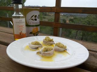 Pintxo de seitó amb crema d'olives